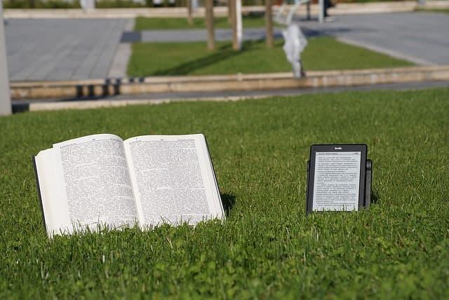 Libros impresos vs libros digitales